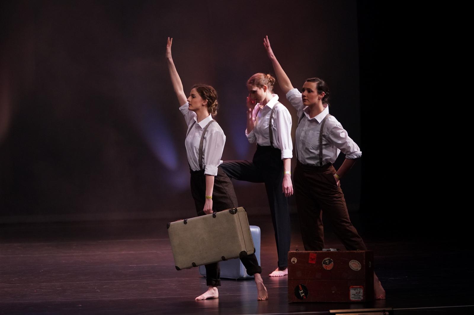 viza'vi Dance Company